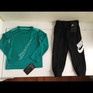 Nike Boys Long Sleeve Shirt & Sweatpants Size 3t